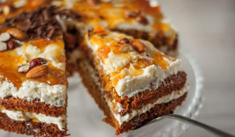 Saldie burkāni: kūku un kēksiņu recepšu izlase