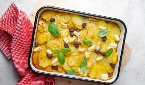 Kartupeļu gratēns ar sieru un olīvām