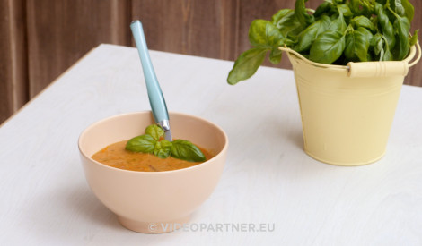 Cepto tomātu krēmzupa