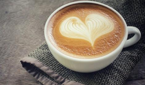 Darba vakance: jābauda kafija, dzīvojot pilī