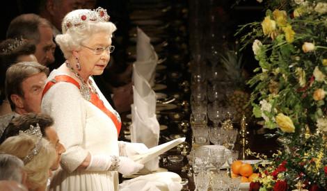 Karaliskais tabu: ko nekad neēd karaliene Elizabete II ?