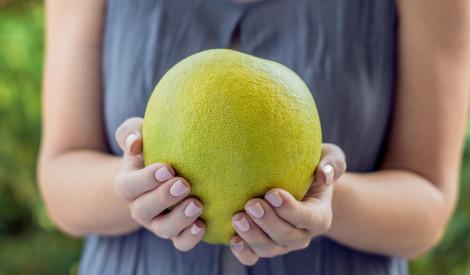 Lielais, gardais citruss pomelo: kā iegādāties vislabāko?