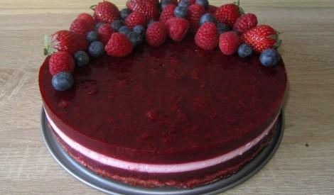 """Torte """"Latvijai"""""""