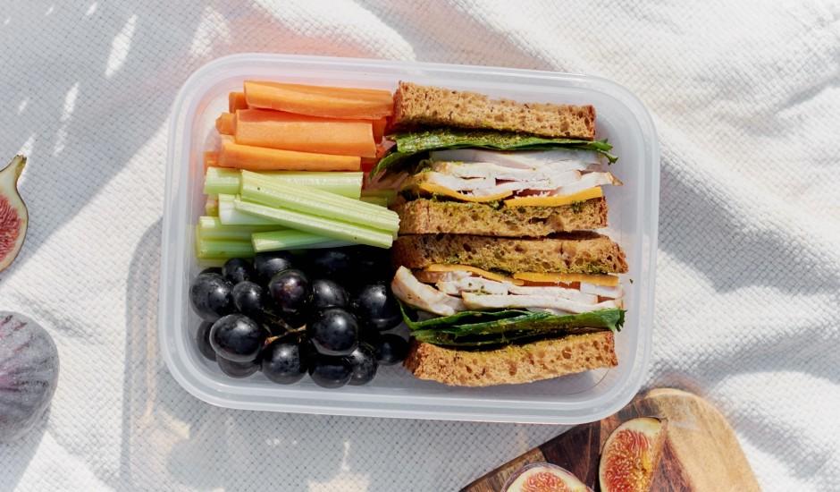Veselīgā sviestmaize ar dārzeņiem