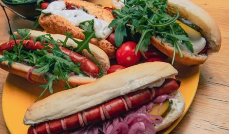 Hotdogi ar mednieku desiņām Madara Apses gaumē